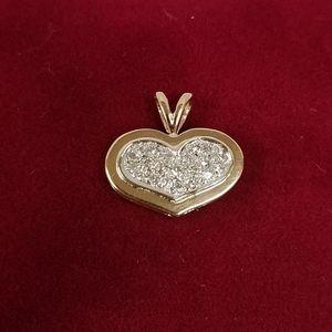 Jewelry - 14k Gold Diamond Cluster Heart Pendant